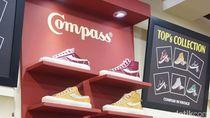 Mengenal Sepatu Lokal Compass yang Diantre Ratusan Orang Sejak Subuh