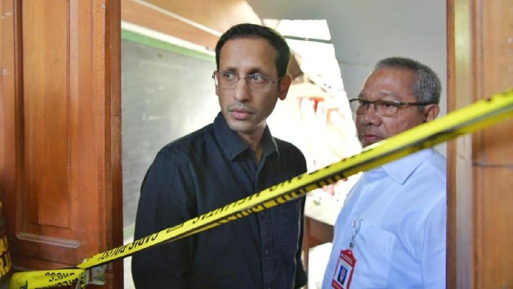 Pakai Kemeja dan Jeans, Gaya Menteri Nadiem Ini Dipuji Mirip Anak Kuliahan