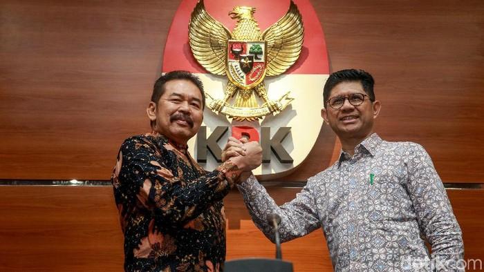 Jaksa Agung ST Burhanuddin dan Wakil Ketua KPK Laode M Syarif (Ari Saputra/detikcom)