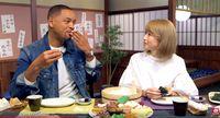 Berkunjung ke Jepang, Will Smith Jajal Bikin Sushi