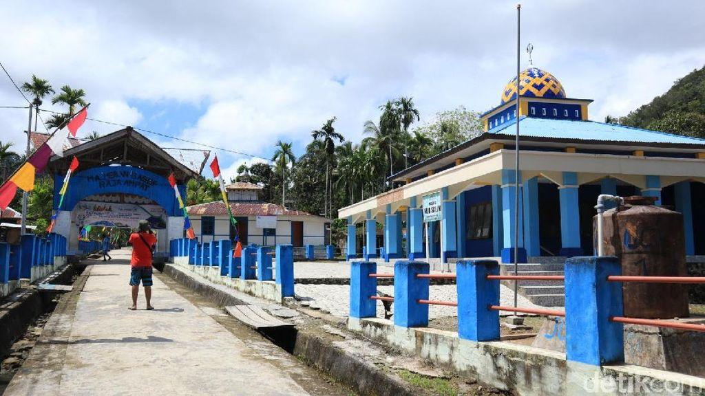 Potret Kampung Muslim di Raja Ampat