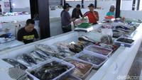 Pasar ikan ini baru beroperasi kurang lebih tiga bulan lalu.