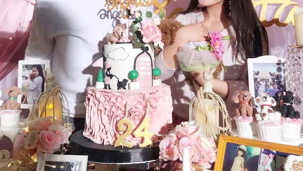 6 tahun Pacaran, Caesar Hito dan Felicya Angelista Punya Banyak Momen Makan