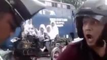 Ditilang Polisi, Pengendara Motor Malah Ngegas