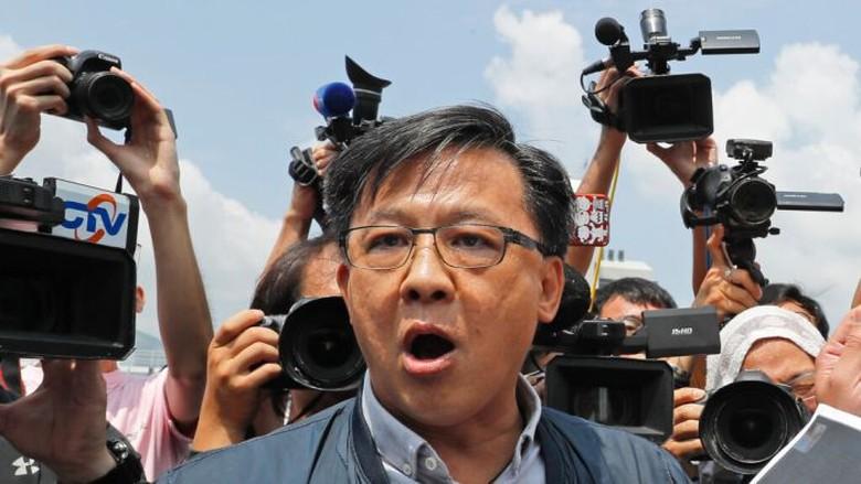 Manusia Sampah, Penusukan Politisi Juga Terjadi di Hong Kong