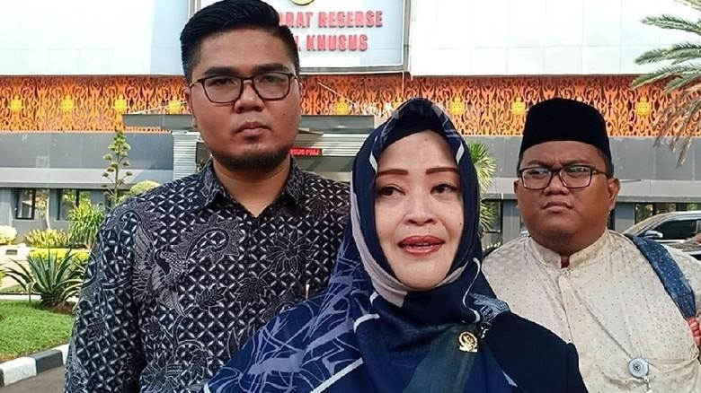 Dilaporkan Balik oleh Ade Armando, Fahira Idris: Urus Dulu Kasusnya Deh!