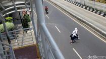 Potret JPO yang Dicuekin Penyeberang Jalan