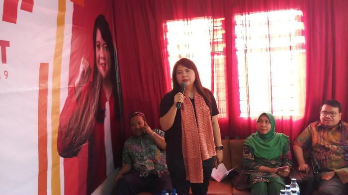Ima Mahdiah temui warga saat reses DPRD DKI Jakarta (Farih/detikcom)