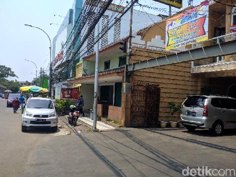 Peristiwa terjadi di dekat RSIA Tambak Jakpus. 2 debt collector diamankan sekuriti dari amuk massa