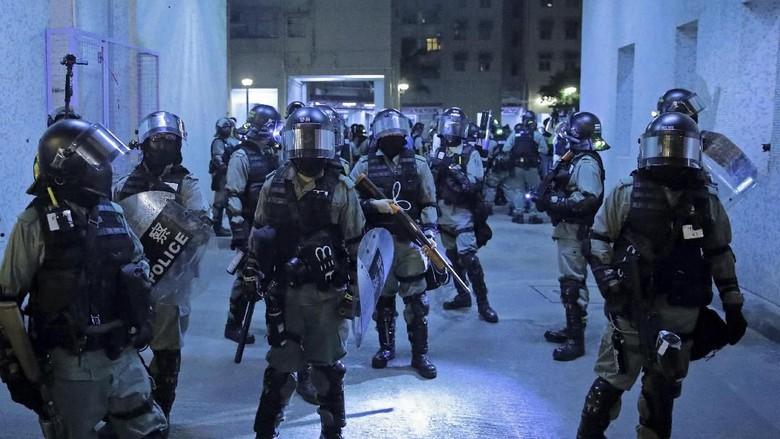 3 Anggota Parlemen Pro-Demokrasi di Hong Kong Ditangkap Polisi