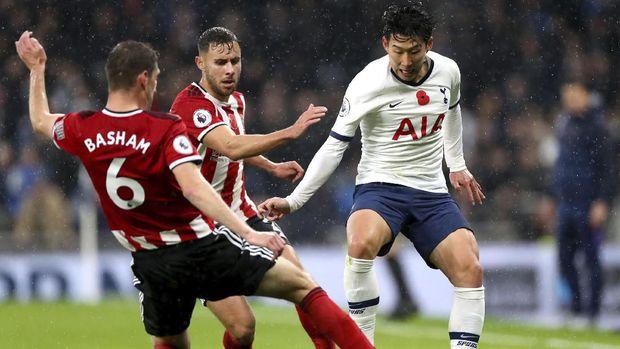 Son Heung-min mencetak satu-satunya gol Tottenham ke gawang Sheffield. (