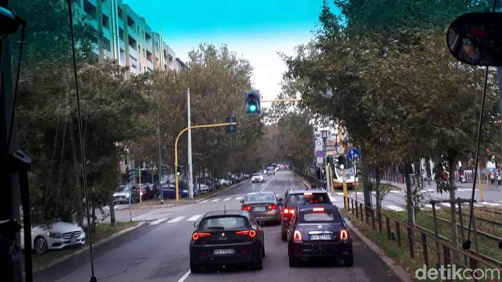 Melihat Jalanan Milan, Mobil Masuk Kota Bayar Rp 77 Ribu!