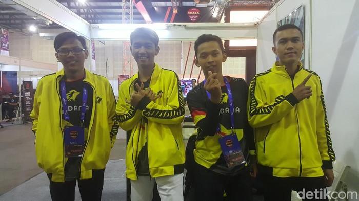 Tim eSport Onic Olympus (Fitraya Ramadhanny/detikcom)