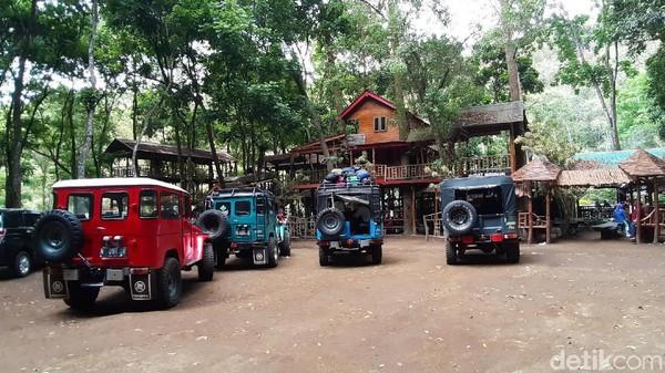 Coban Jahe terletak di Dusun Begawan, Desa Taji, Kecamatan Jabung, Kabupaten Malang. Untuk sampai ke sana, harus menempuh perjalanan sekitar 20 kilometer dari Bandara Abdulrachman Saleh. (Muhammad Aminudin/detikcom)