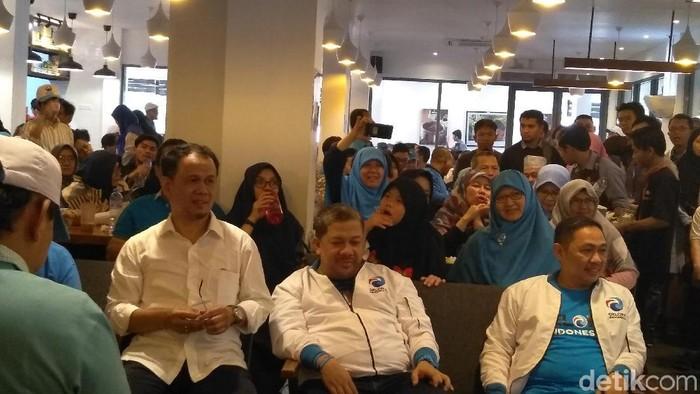 Fahri Hamzah (tengah) dan Anis Matta (kanan) pimpin Partai Gelora (Foto: Azizah/detikcom)