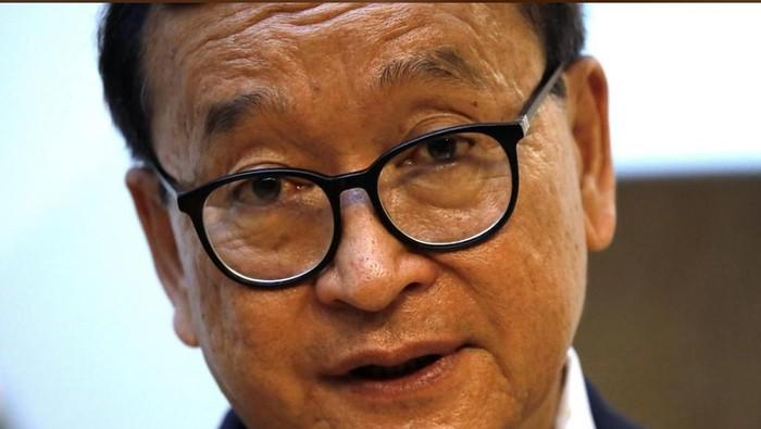 Pimpinan Oposisi Kamboja, Sam Rainsy (Foto: REUTERS/Charles Platiau)