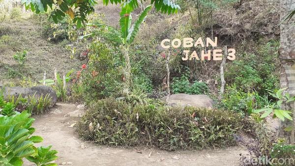 Di dekat lokasi Coban Jahe 3, terdapat tempat penangkaran Rusa Tutul. (Muhammad Aminudin/detikcom)