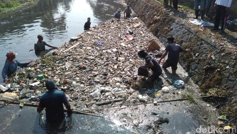 Hasil Uji Lab Sungai Ledeng Sudah Keluar, Airnya Benar-benar Tercemar