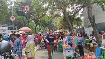 Begini Suasana Zona PKL Jualan di CFD ala Anies, Satpol PP Bersiaga