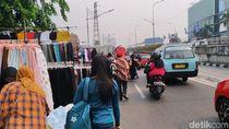 PKL Pasar Senen Ngaku Diizinkan Satpol PP Dagang di Jalanan Asal Tertib