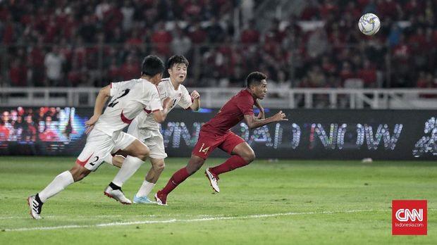 Fakhri Husaini memuji stamina para pemain Timnas Indonesia U-19 yang masih prima hingga babak kedua. (