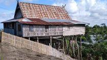 Foto: Rumah-rumah Unik di Kampung Tua Bitombang