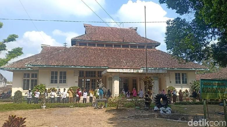 Siswa SMK di Jember Tampilkan Drama Kolosal di Bangunan Peninggalan Belanda