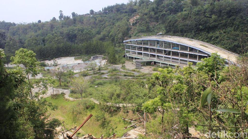 Kampung Gajah Kembali Mencuri Perhatian karena Wisata Horor