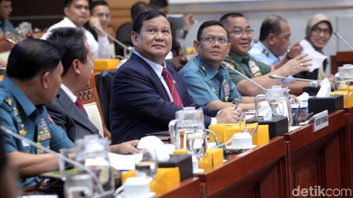 Foto: Menhan Prabowo Subianto di Komisi I DPR (Lamhot Aritonang/detikcom)