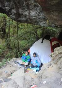 Nenek Yuni mengaku sudah mendaki gunung-gunung di Pulau Jawa, selanjutnya dia ingin sekali mendaki Gunung Kerinci (Istimewa)