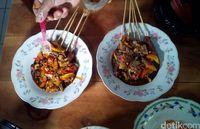 Empuk Gurih Sate dan Gulai Daging Rusa Khas Margorejo