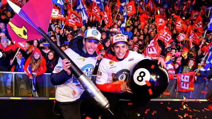 Marc Marquez mengaku akan sangat sulit mengulangi pencapaiannya di 2019. (Foto: Jose Jordan / AFP)