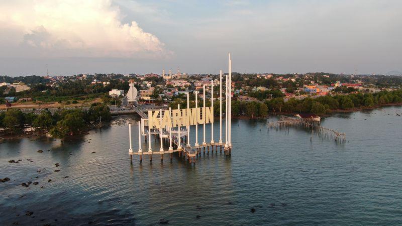 Karimun memang identik dengan Karimunjawa. Serupa dan yang ini ada di perbatasan antara Indonesia-Singapura-Malaysia, nama pulaunya Karimunbesar (Foto: Gusti Ramadhan/detikcom)
