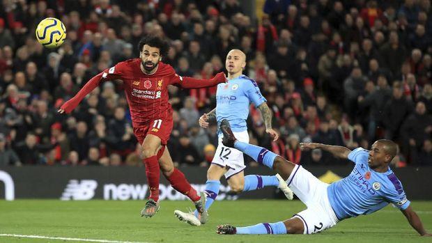 Mohamed Salah mencetak satu dari tiga gol Liverpool ke gawang Man City. (