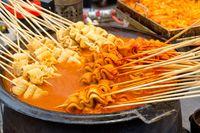 Tren Jajanan Korea di Indonesia Kini Jadi Buruan Foodies Millenial