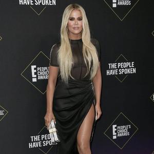 Dinilai Sebagai Artis Kelas C, Khloe Kardashian Tak Pernah Diundang MET Gala