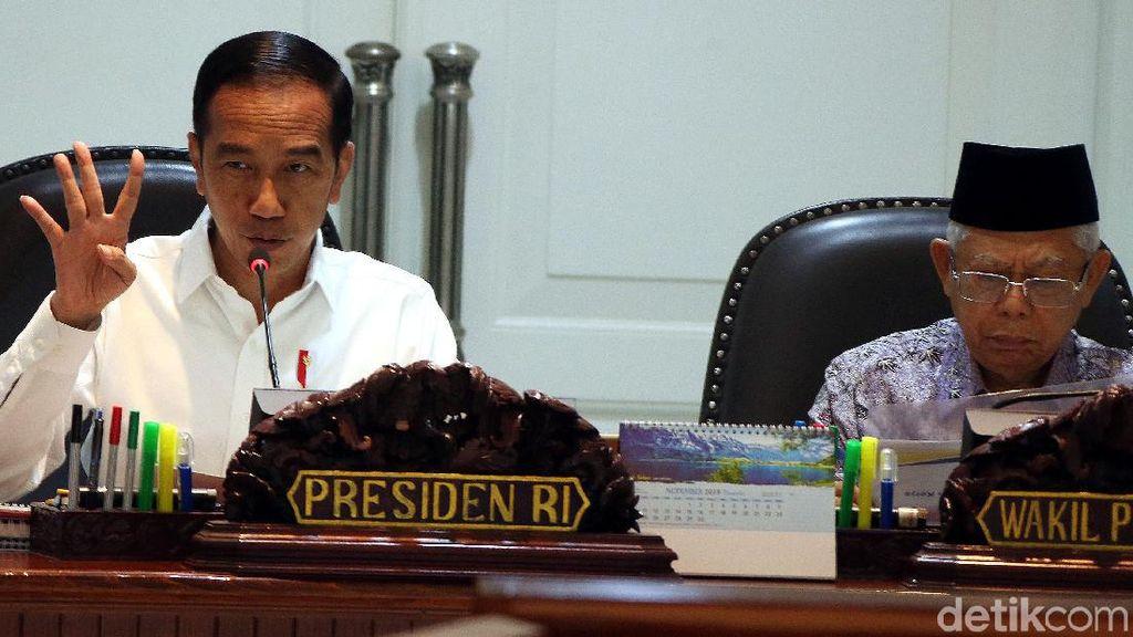 Panggil Menteri, Jokowi Mau Pengangguran Digaji Tahun Depan