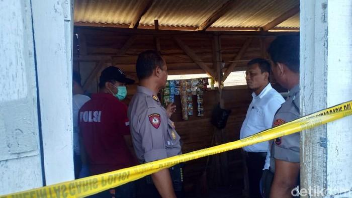 TKP pembunuhan wanita penjaga warung di Pemalang, Jawa Tengah. Foto: Robby Bernardi/detikcom