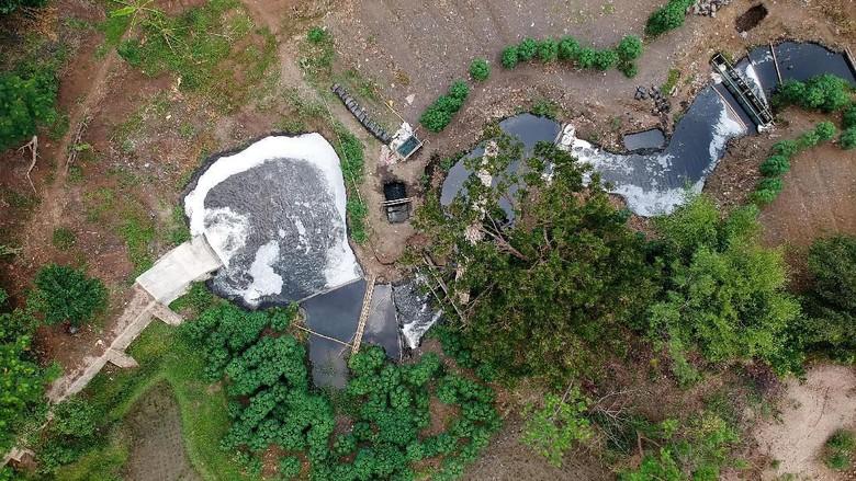 Limbah Sungai Citarum Makin Menjadi-jadi