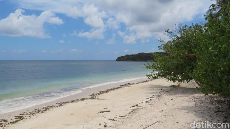 Gubernur Sulsel Tinjau Pembangunan Kawasan Wisata Bira