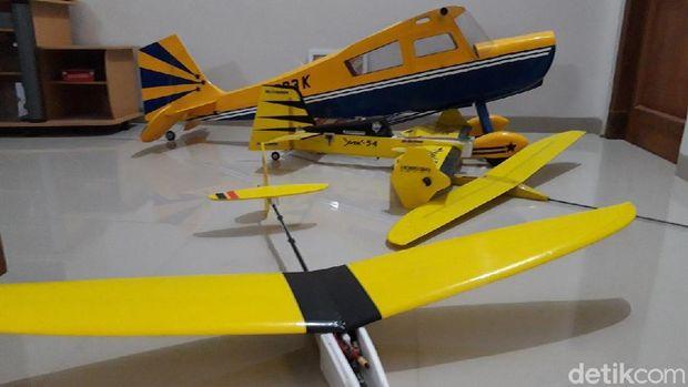 Belajar dari Buku Pelajaran SD, Pemuda Boyolali Bikin Pesawat Aeromodelling