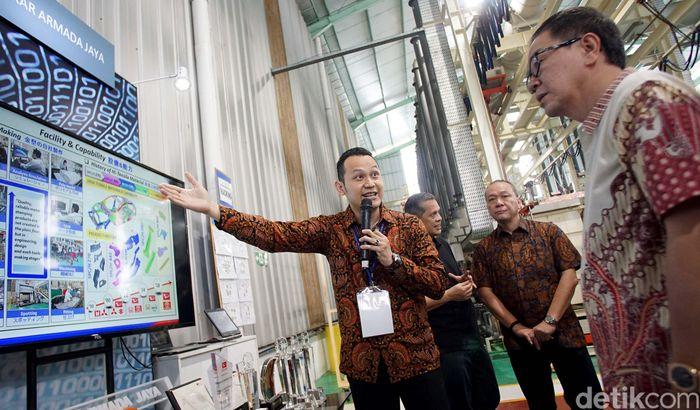 Ada tiga lokasi Industri Kecil Menengah (IKM) di kawasan Jawa Barat yang dikunjungi oleh Astra Ventura.
