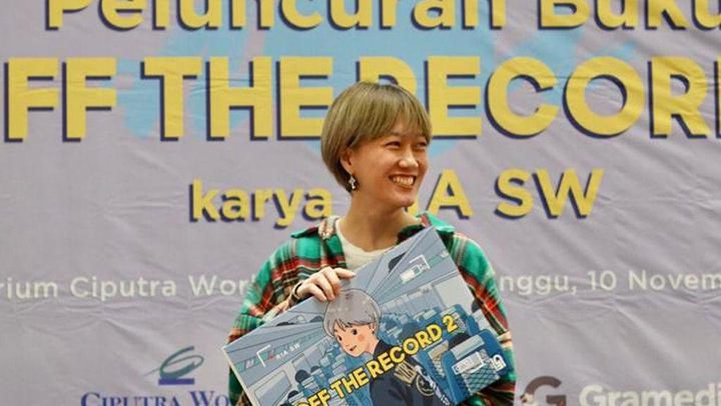 Giliran Kota Medan Jadi Persinggahan Buku Kedua Ria SW
