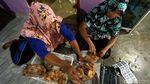 Berkah di Balik Bisnis Kerupuk di Perbatasan Indonesia-Singapura