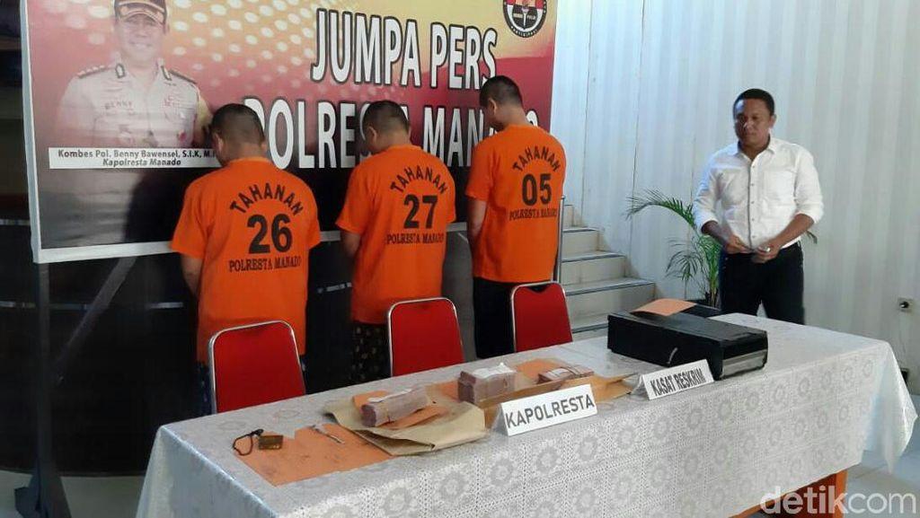 Polisi Tangkap 3 Tersangka Pembobolan ATM Ratusan Juta di Manado