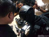 Polisi Temukan Pistol dari Mobil yang Dikejar Pemotor di Pasar Minggu