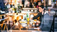 Pakar Sebut Makan Sendirian Picu Gangguan Kesehatan Mental