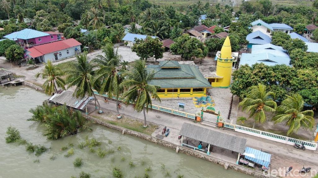 Mungkin Ini Masjid Tertua di Perbatasan Utara Indonesia