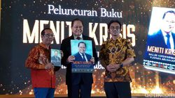 Eks Menteri BUMN Mustafa Abu Bakar Berbagi Pengalaman Memimpin Lewat Buku