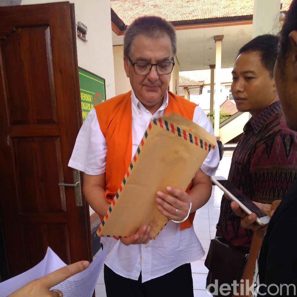 Nge-vape Ganja, WN Jerman Diadili di Bali